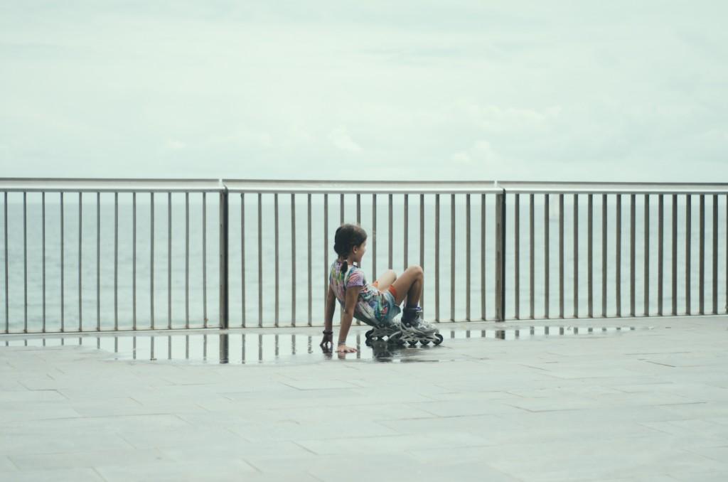 Barceloneta niña caída